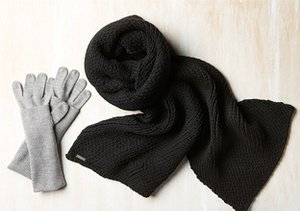 adidas SLVR: Hats, Gloves & Scarves