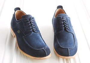 Style Staple: Navy Blue Oxfords
