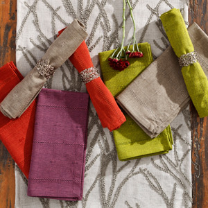 Put Fall on the Table: Festive Linens & Place Mats