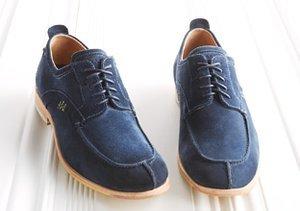 Style Staple: Navy Blue Oxfords
