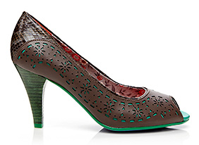 Pretty_in_pumps_155018_hero_9-26-13-hep_two_up