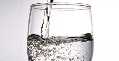 Glass-Half-Full_NL