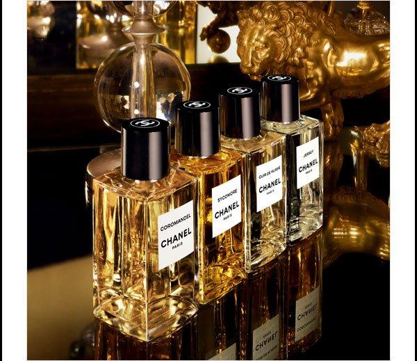 AU FIL DES SAISONS Four rich fragrances for Fall from LES EXCLUSIFS DE CHANEL.