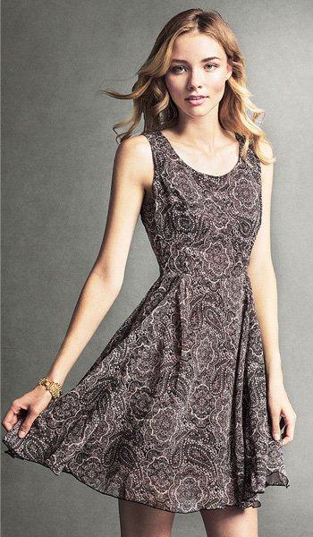 Model Wearing StyleMint