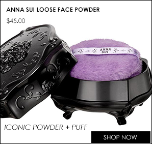 Anna Sui's iconic loose powder and puff