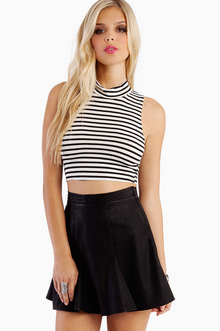 CROPPED TO THE STRIPES TURTLENECK 14