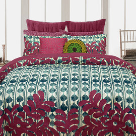 Room Revamp: Bedding & Rugs