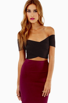 ZIP ME UP ZAG CROP TOP 25