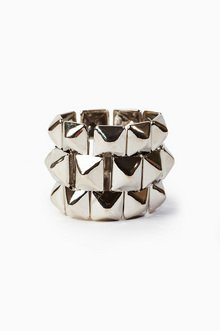 TRIPLE STACKED PYRAMID RING 5