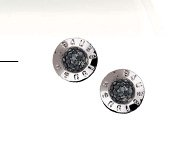 THE PLAZA PAVE STUD EARRING