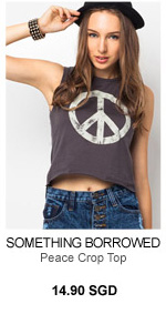 SOMETHING BORROWED Peace Crop Top