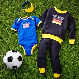 Footballers: Soccer Fan Apparel