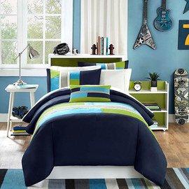 Spruce Up the Bedroom: Bedding Sets
