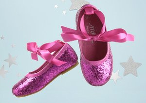 Twinkle Toes: Shoes That Shine
