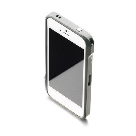 Moat Aluminium Bumper // iPhone 5, 5S