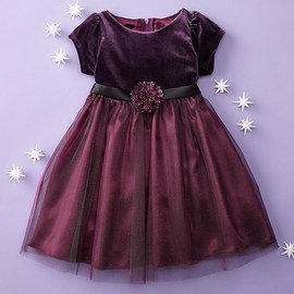 Holiday Flair: Girls' Dresses
