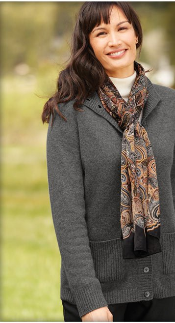 From luxurious cashmere to fine-gauge cotton and the softest lambswool, we have sweaters in dozens of styles and colors to keep you warm all season long.