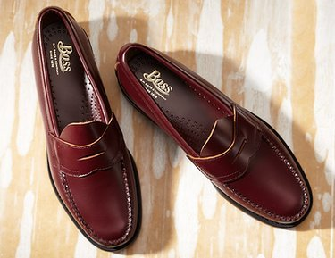 Up to 70% Off: Loafers & Slip-Ons