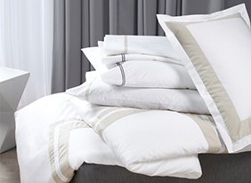 Whotels_hep_bedding_two_up