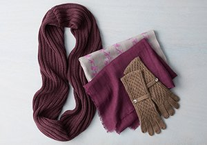 Keep Cozy: Hats, Scarves & Gloves