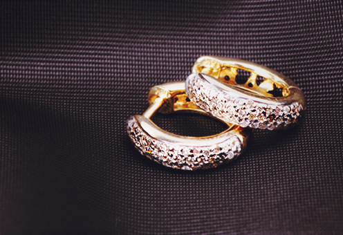 Gold Weekend: Diamond Earrings at Clearance Pricing