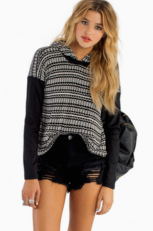 LUCCA HOODED SWEATER 39