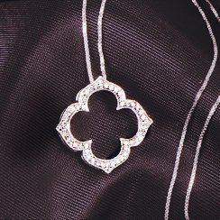 Gold Weekend: Diamond Necklaces at Clearance Pricing