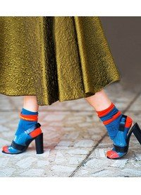 10 Surprisingly Easy Ways To Wear Socks With Shoes
