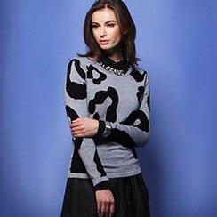 Print Sweaters: Go Graphic