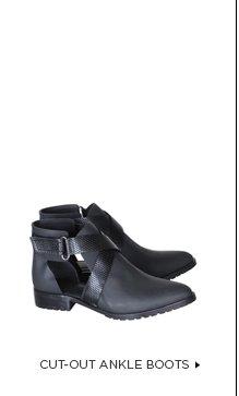 Gail Flat Boot