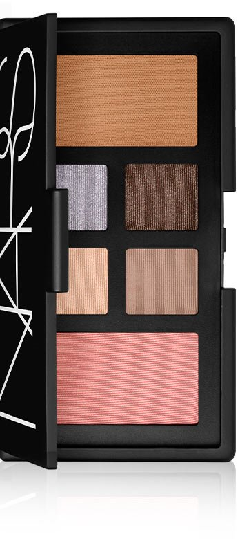 At First Sight Eye And Cheek Palette.