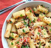 Tuna Rigatoni with Sun Dried Tomatoes_NLsm