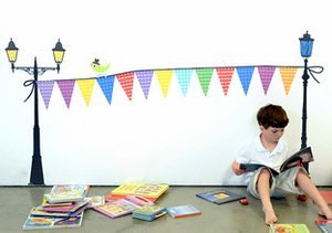 $10 & Up: Kids' Colorful Wall Art