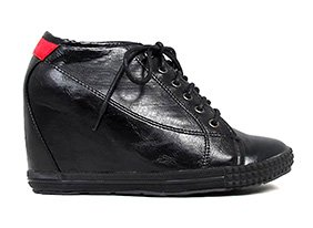163802-hep-street-chic-sneakers-11-19-13_two_up