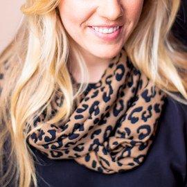 Twist & Tie: Fashion Scarves