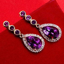 Sparkle & Shine: Luxuriously Dramatic Accessories