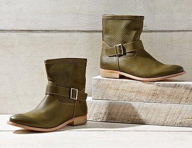 Modern Fiction Boots