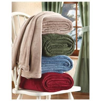 CastleCreek™ Cozy Plush Fleece Blanket