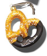 NYC PRETZEL ORNAMENT
