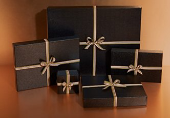 COMPLIMENTARY GIFT WRAPPING SERVICE