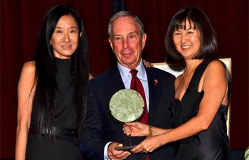 MOCA Gala Vera Wang Mayor Michael Bloomberg 2013