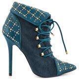 Della - Blue