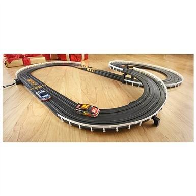 NASCAR® Deluxe Lightning Race Car Set