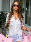 Bella Dahl Patch Pocket Button Down Shirt in White as Seen On Jessica Alba and Alessandra Ambrosio