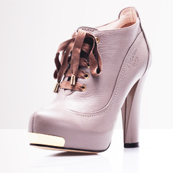 New Designer Shoes at Clearance Price