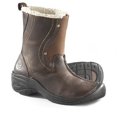 Women's Keen® Chester Boots