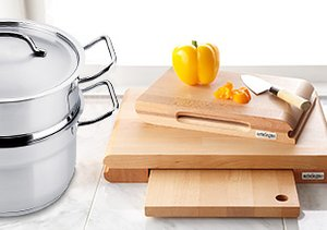 French Kitchen: Steel & Wood
