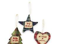 set of 3 tartan decorations
