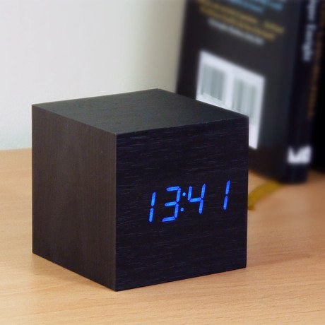 Cube Click Clock Blue LED // Black