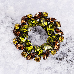The Perfect Gift for Her: On-trend Brooches